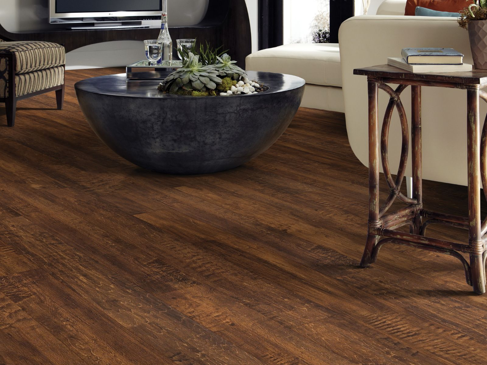 luxury vinyl flooring near me Minneapolis